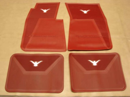 B 13106c Floor Mats Red With White Bird For 1958 1959 1960