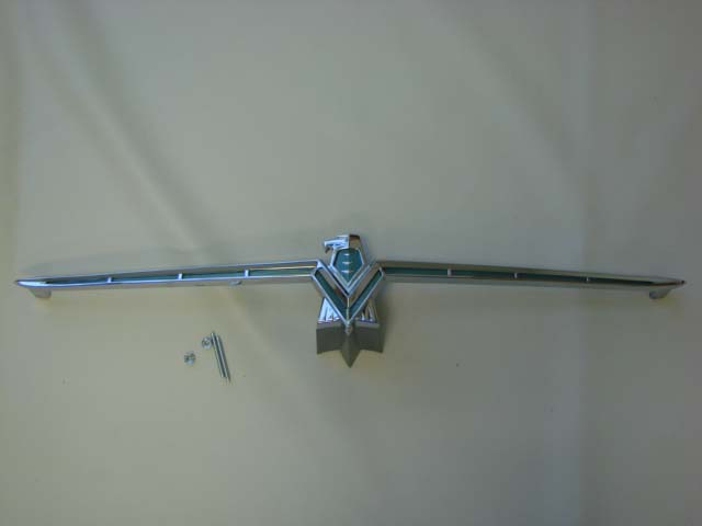 B 8213A Grille Ornament For 1966 Ford Thunderbird (B8213A)
