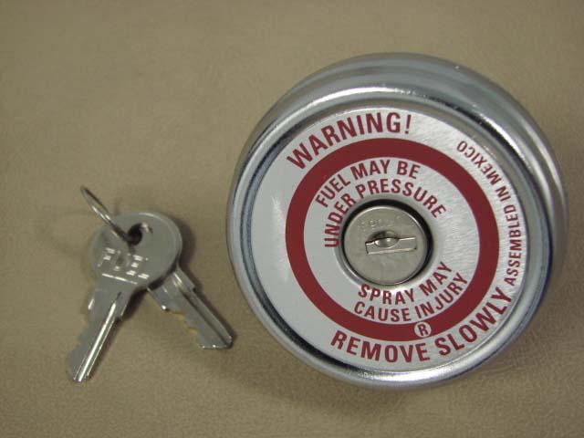 B 9030D Locking Gas Cap For 1958-1959-1960 Ford Thunderbird (B9030D)
