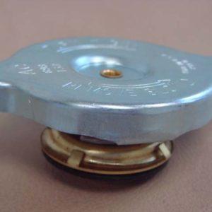 exact reproduction radiator cap P 8100B